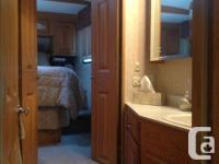 Dual pane windows, oak floor,oak cabinets,oak table