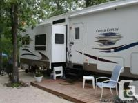 2005 Keystone Copper Canyon 34Ft Fifthwheel. This