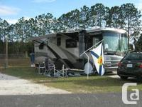 A Home on wheels, 40 ft Luxury RV with 3 Slides, Fully