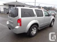 Make Nissan Model Pathfinder Year 2005 Colour grey kms