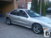2005 Pontiac Sunfire with 112000KM the car is in mint
