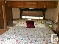35 foot 2005 motor home with low mileage - under 9000