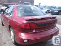 Make Pontiac Model Sunfire Year 2005 Colour RED kms