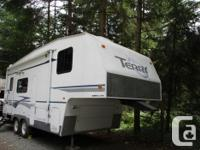 Come check out this well cared for 5th wheel, and see
