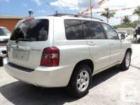 2005 TOYOTA HIGHLANDER, AWD, 117K ONLY, AUTO, LEATHER,