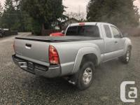Make Toyota Model Tacoma Year 2005 Colour Grey kms