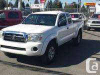 2005 TOYOTA  TACOMA SR5, WHITE ON GREY INTERIOR, EXT