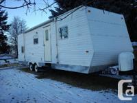 2005 Travel Trailer for sale.Sleeps 6,(2 bunk