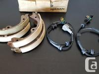 For sale is a Set of Nissan Brake Shoes (x4). New in