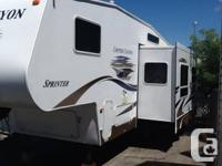 Copper Island 5th Wheel in superb disorder and has a