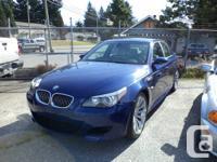 2006 BMW M5  106,300 KM SMG transmission Blue exterior