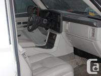 Make Cadillac Year 2006 Colour Pearl White Trans