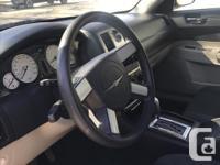 Make Chrysler Model 300 Year 2006 Colour white kms