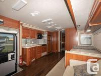 2006 FLEETWOOD BOUNDER 34F NON BUNK MODEL CLASS A