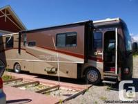 2006 Fleetwood Discovery 39J Class-A Motorhome. Loaded.