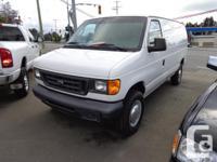 2006 ford e250 cargo van, 4.6 litre, auto, tilt, ac,