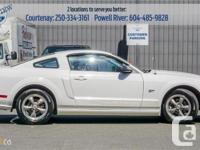 Make Ford Model Mustang Year 2006 Colour White kms