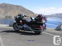 2006 Honda GL1800 Gold Wing. 59,600kms. Excellent