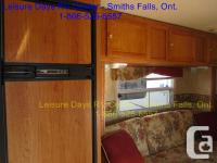 2006 Jayco Jay Feather 25Z for sale. This unit is in