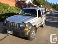 2006 Jeep Liberty 3.7L limited 4x4 - 144,000km Loaded