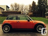 2006 MINI Mini Cooper S - Red/blk 143KM. Excellent