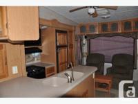 For sale Montana 2006 / 2980 RL Model. Trailer in