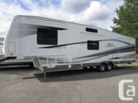 2006 TERRY FIFTH WHEEL QUANTUM AX6  - NICE CLEAN UNIT!