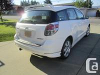 Make Toyota Model Matrix Year 2006 Colour WHITE kms