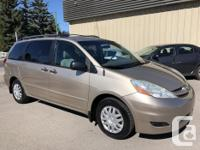 Make Toyota Model Sienna Year 2006 Colour Gold kms