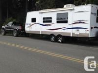 For sale is 25 ' very clean sprint travel trailer b y