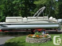 2007 BENNINGTON 25 FT TRIPLE TUBE PONTOON.