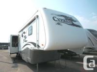 2007 NEWMAR CYPRESS 36PKRL. 5th Wheel. $38,900.00.