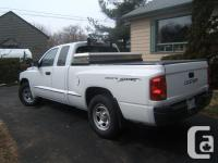 Make Dodge Model Dakota Club Year 2007 Colour White