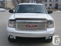 Make GMC Model Sierra 1500 Year 2007 Colour White kms