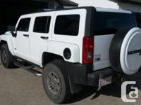 Make. Hummer. Design. H3. Year. 2007. Colour. White.