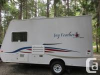 Tow this lightweight, quality Jay Feather with your