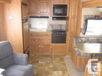 2007 Jayco 5th wheel. model 27.5 RKS, 27.5 ft., hard