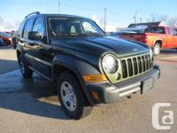 Make Jeep Model Liberty Colour GREEN Trans Automatic