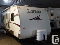 2007 Keystone Laredo 31RL  Slide out  Loaded with Great