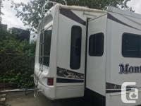38ft Fifth wheel - Artic package, fully loaded,