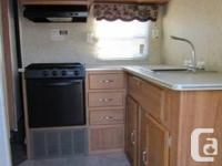 2007 PALOMINO PUMA 28FT TRAVEL TRAILER This nice