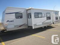 2007 Puma Travel 31' BSH Trailer 2 slides, Bunk model