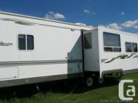2007 Komfort Trendsetter 276S Trailer. This trailer has