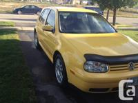 Selling my 2007 yellow VW Golf, has 118000kms, lady