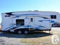 Offering our 2008 Weekend break Soldier 28 ft 5th wheel