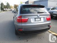- Automatic - 3.0 litre six cylinder - Navigation -