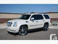 White 2008 Cadillac Escalade NAVI - DVD - BACK UP CAM -