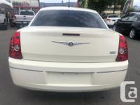 Make Chrysler Year 2008 Colour Off White Trans