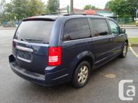 Make Chrysler Model Town And Country Year 2008 Colour