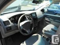 Make Dodge Model Grand Caravan Year 2008 Colour grey